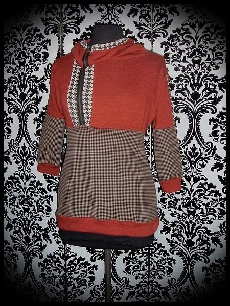 Orange hooded sweater brown gingham details - size S/M