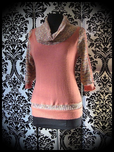 Sweat pêche grand col détails multicolores beige/orange/doré - taille S/M