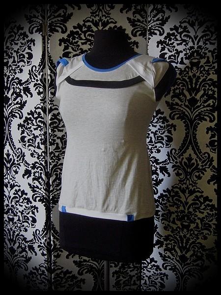 Haut gris clair détails bleu roi blanc noir - taille S/M