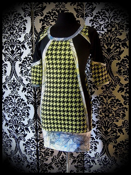 Black/lime green houndstooth dress - size S/M