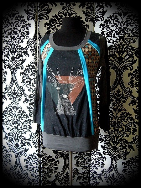 Black grey turquoise top dots details deer print - size S/M