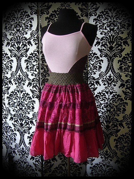 Light pink / hot pink dress with brown lace details - size S/M