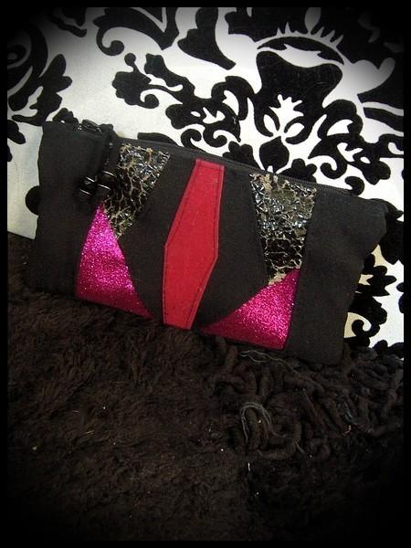 Black zippered purse hot pink glitter details