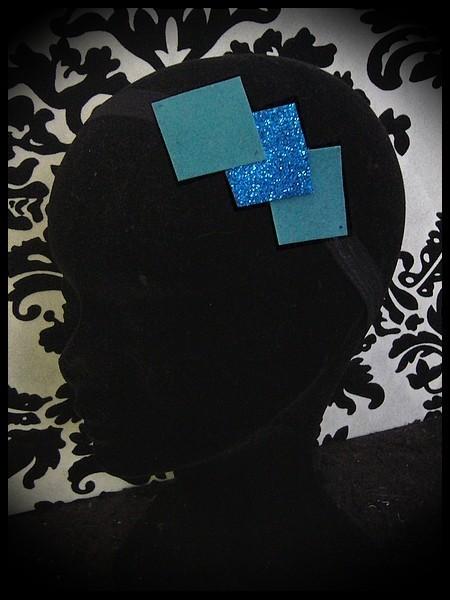Bandeau noir losanges bleu clair / bleu roi pailleté