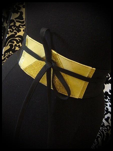 Ceinture obi satin noir détails jaune pâle et doré pailleté - taille unique