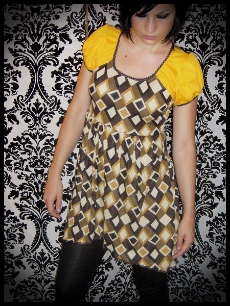 Mini dress yellow/black/brown asymmetric - size S/M