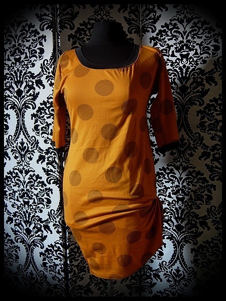 Mustard yellow dress with black dots - size S/M