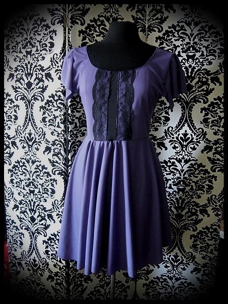 Purple dress black lace details - size M/L