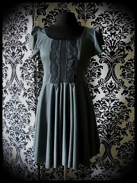 Grey dress black lace details - size S/M