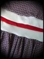 Robe motif triangles bleu blanc rouge ceinture blanche - taille S/M