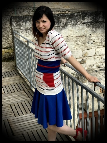 Haut motif ancres bleu blanc rouge ceinture bleue - taille M