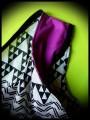 Haut ample motifs géométriques détails roses - taille S/M