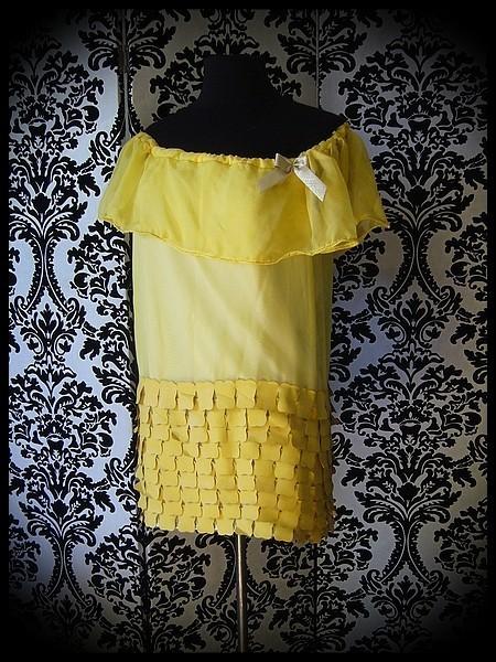 Yellow muslin dress gold details - size M/L