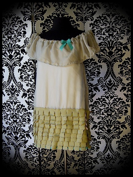 Sage green muslin dress green details - size XS/S