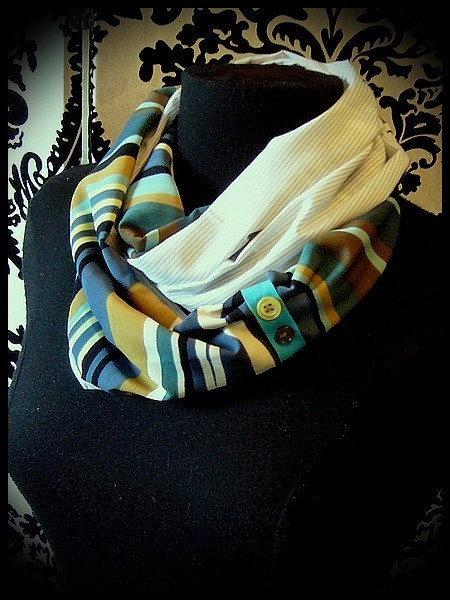 Blue/yellow/taupe tubular scarf stripes print