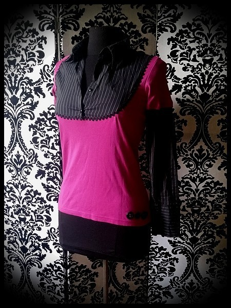Hot pink layered top w/ black shirt - size XS/S