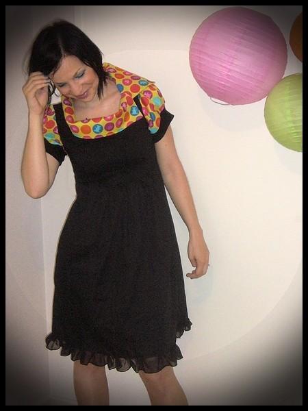 Black dress with asymmetric split collar lime green dots print - size XS/S