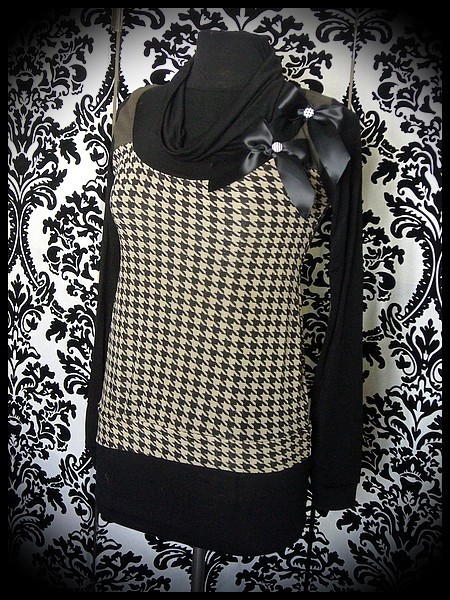 Beige/gold/black houndstooth top satin bows brooch - size S/M