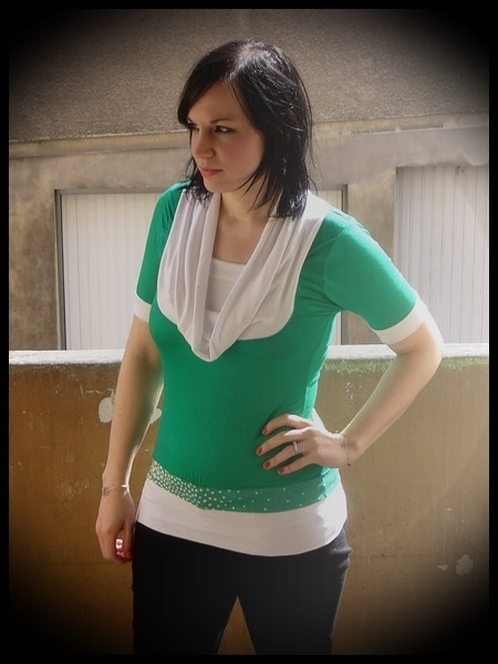 Green/white shirt w/ cowl neck - size S/M