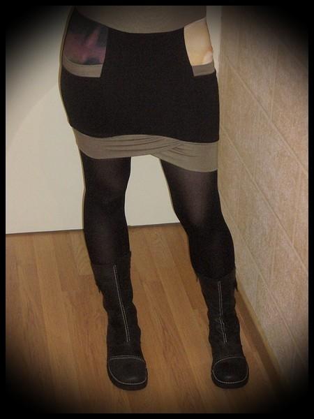 Mini jupe noire à poches détails moutarde - taille S