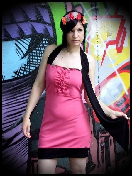 Pink halter dress black details - size L