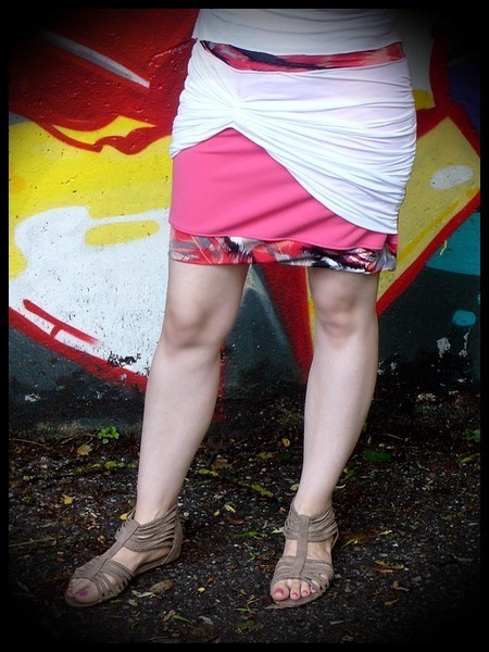 Pink mini skirt with white drape detail - size S/M