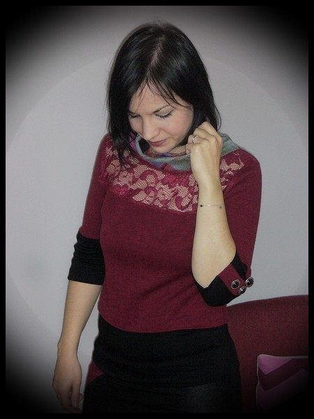 Dark red top with lace yoke black details - size S/M